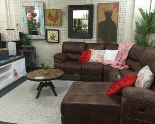 buy-new-furniture-cairns